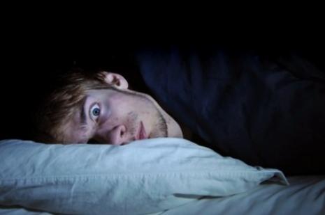 Uykusuzluk erkek ömrünü kısaltıyor