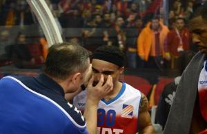 Galatasaray Liv Hospital - Tofaş maçında olay çıktı