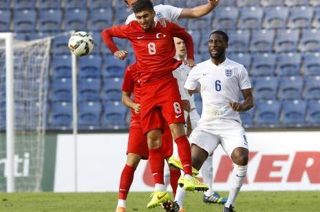 A2 Milli Futbol Takımı 2-0 yendi