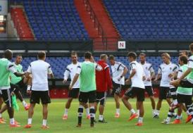 Beşiktaş'ta Feyenoord maçı hazırlıkları tamamlandı