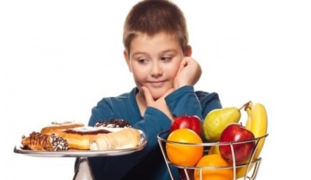 Çocuğunuz yemek yiyor mu ?