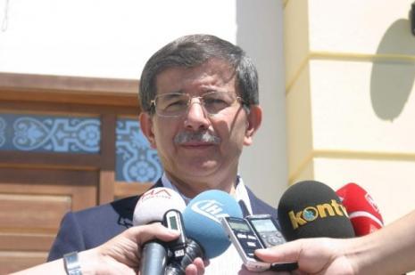 Davutoğlu HDP'nin çağrısına tepki gösterdi