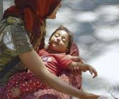 Dilencilerin kucağındaki bebekler neden sürekli uyur?