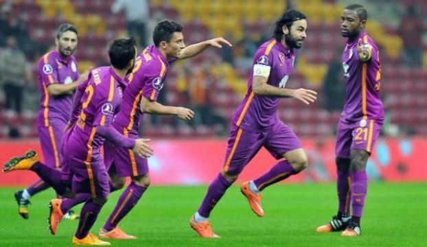 Arenada 6 gol 2 penaltı 1 kırmızı kart