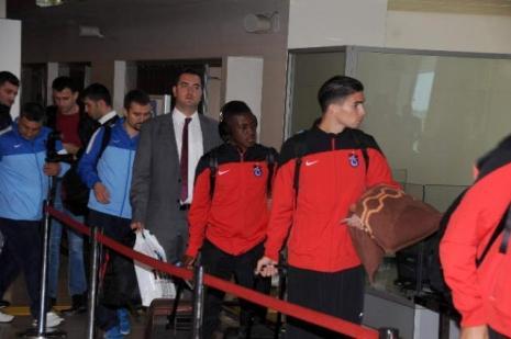 Trabzonspor İzmir'e havalandı