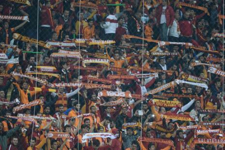 Galatasaray taraftarının çilesi bitmiyor