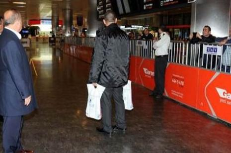 Havaalanında Fatih Terime tepki