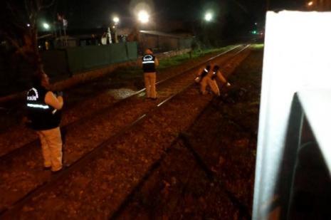 İki üniversiteli raylarda ölüme yürüdü