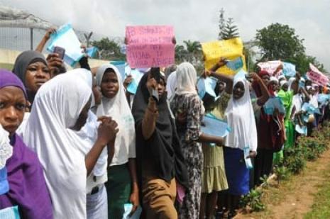 Nijeryada okullarda başörtüsü yasağı