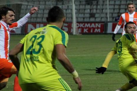 Tello'nun takımı 8 golle zirveye oynuyor
