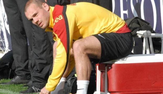 Sneijder kulübeye mahkum