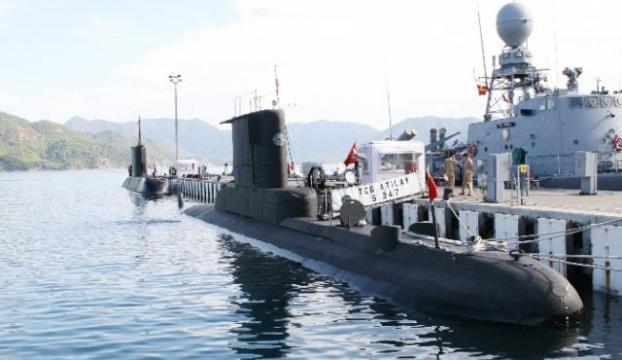 """Türk Deniz Kuvvetlerinden """"gözdağı"""" gibi tatbikat"""