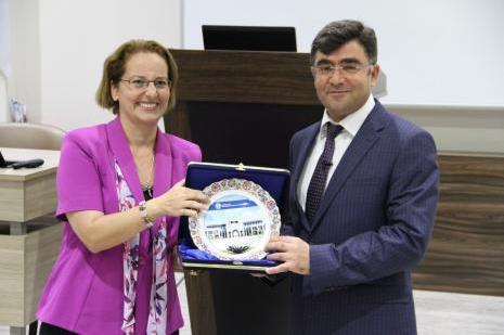 Vali Vekili Yüksel: Antalya spor ve kongre turizmini geliştirmeli